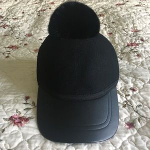 BCBG CAP